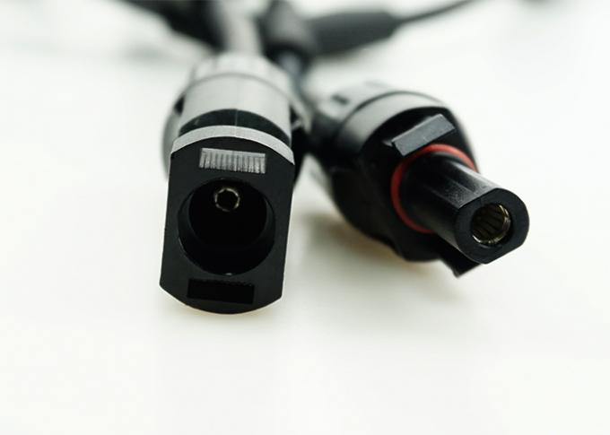 Y Branch MC4 Male And Female Connectors Convenient Installation CE Approved
