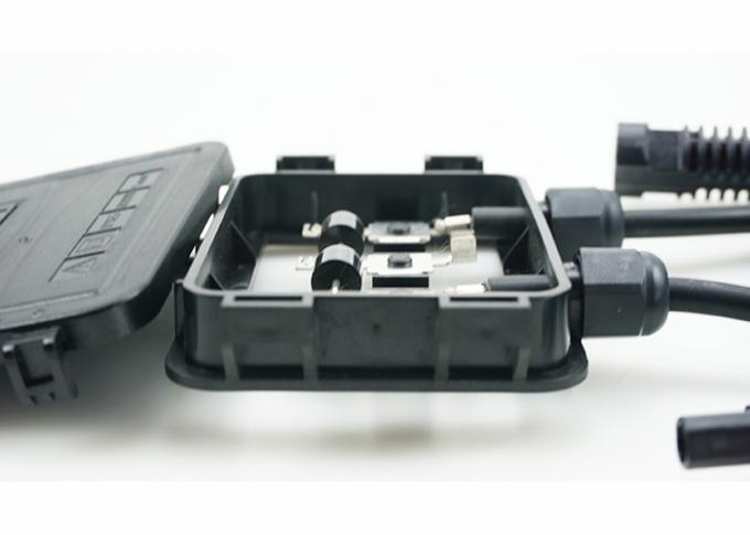 Self - Locking Function PV Module Junction Box For Joining Of Ribbon Clamping